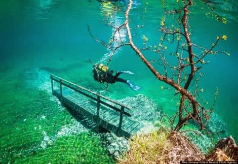 Taman Bawah Air (0)